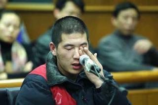媒体报道夏俊峰案错用照片 评论质疑为博同情.jpg